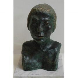 Sandra-Kalil-Obj.-14-Escultura-Bronze-Representando-Hime